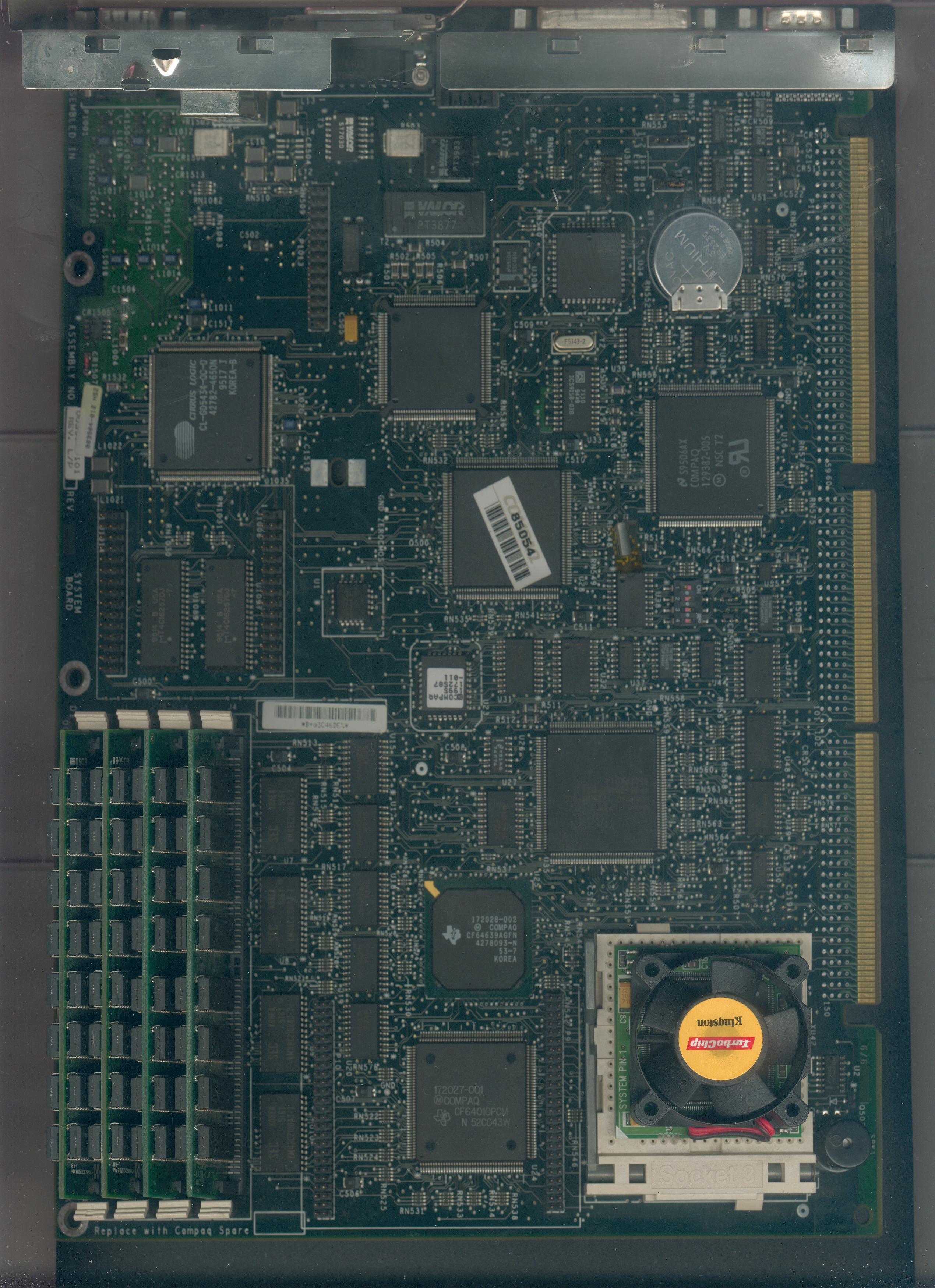 motherboard component side (c) 1994 compaq